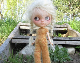 Kid mohair jumpsuit with front pocket for Blythe doll