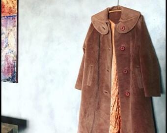 Vintage coat,camel colored,long camel coat,retro coat,vintage jacket,long coat,brown coat,round collar,vintage fashion,retro outerwear