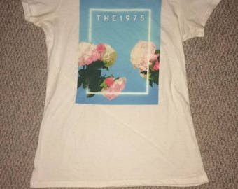 The 1975 T shirt size small