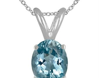 1.70Ct Oval Aquamarine Pendant