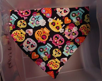 Colorful sugar skull dog bandana that the collar goes thru!!!