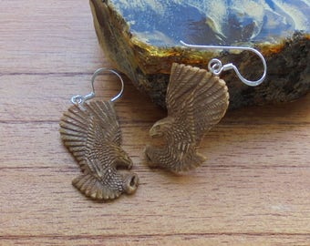 Hand Carved Eagle Earrings in Antique Color, Bali Bone Jewelry E12