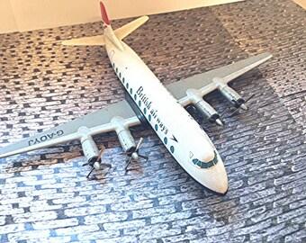 Vickers Viscount 800 Die Cast Model Airplane with British Airways Livery