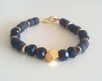Ellie cube bracelet (black and gold)