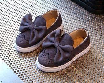 Grey Bow brogue shoe