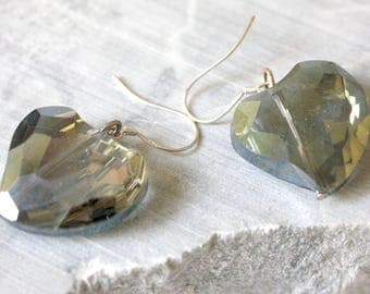 Charcoal gray heart Silver 925 earrings