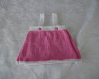 Wallet skirt has suspenders size 3 months