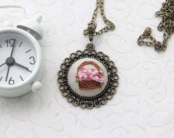Embroidery Flower Basket Necklace