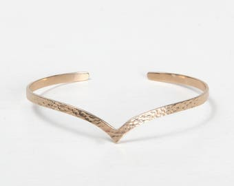APOLLINE BRACELET - Gold plated hammered Bangle