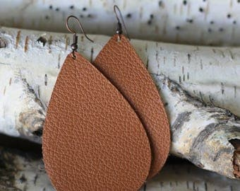 Umber Tan - Handmade leather earrings. Genuine leather, lightweight and chic!