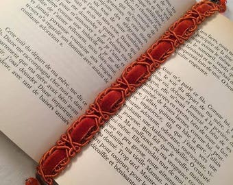 "Bookmark - book jewelry orange ""Vecchio"""