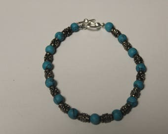 Turquoise Beaded Bracelet with Gray Accents