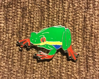 Tree frog hat pin