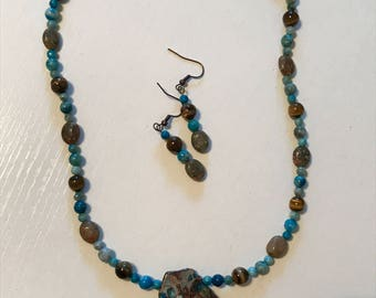 Turquoise and brown necklace and matching earrings