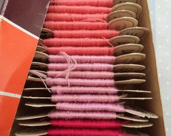 St. Pierre wool on card/vintage box full/pure wool French/Lyon/Lille /fabrication