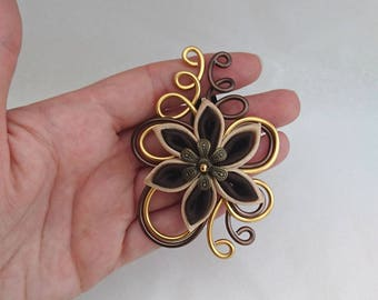 chocolate and Golden aluminum hair clip and flower