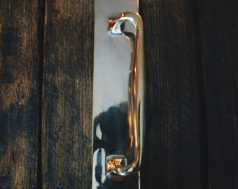 """Solid Heavy Brass Traditonal Style Pub Pull Handle on Plate 12"""" (300mm)"""
