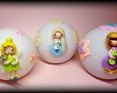 Commande Anne Sophie :  3 Boules lumineuses veilleuses Elsa fee raiponce fimo polymere