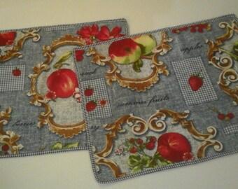 Pair place mats