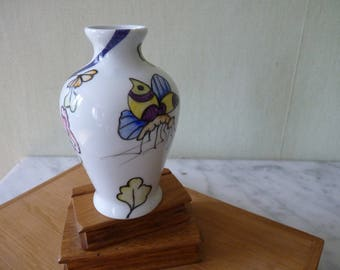 Mini porcelain vase