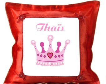 Red cushion Crown personalized with name