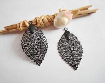 x 2 black enameled leaf prints