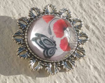 Silver brooch: poppies and Butterfly - magnifying glass