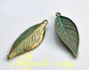 10 charms leaf patinated verdigris metal 35 * 13mm