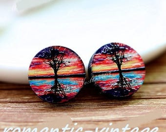 "2 gorgeous wooden painted ""sunset"" pattern embossed cabochons 16mm"