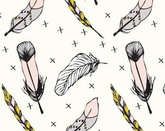 Fabric organic · Jersey · Indian feathers. Cream · 20 cm