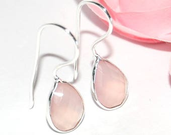 Earrings in 925 sterling silver and rose quartz faceted