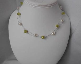 ELA necklace with pearls and Green Apple