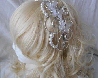 LYLA white & Pearl headband