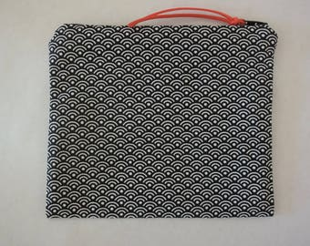 Pouch or zippered bag black and white