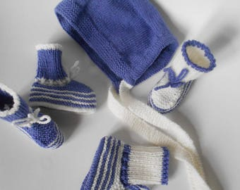 Blue and white wool Bootee and bonnet set
