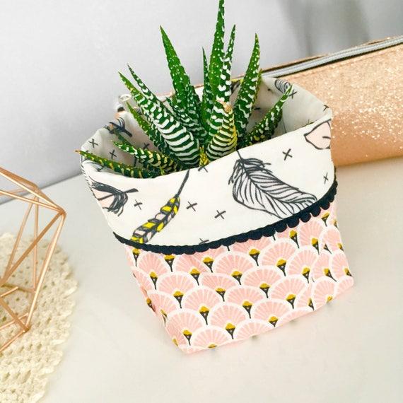 panier ou cache pot tissu 7x10cmmotif ventail rose et. Black Bedroom Furniture Sets. Home Design Ideas