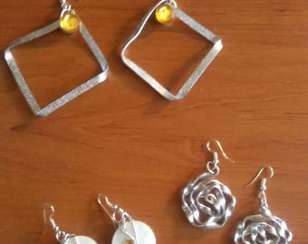 Hodgepodge of earrings, bracelet and ring in 1 to 2 mm Silver Aluminum wire
