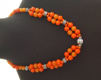 long necklace mi with pearls, amber, orange wooden beads and pearls silver Middle