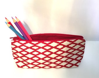 Pencil case / makeup / pencil case fabric geometric red and white. Single model
