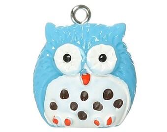 1 charm blue & white OWL within 15 days