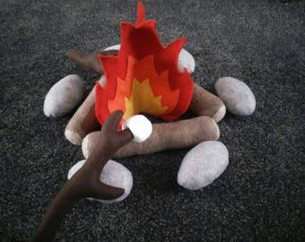 Felt Campfire to roast a marshmallow