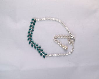 Green chain and spikes chain bracelet