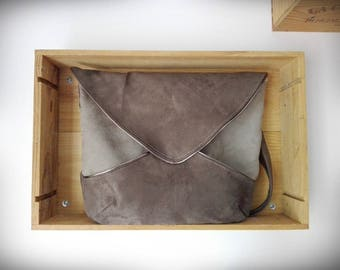 Two-tone suede Messenger bag