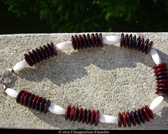 Jorah mixed man/woman Horn and bone necklace