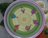 Plat à tarte rond,motif oiseaux multicolores pour Jamie Rice