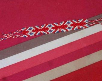 very original English pattern Friendship Bracelet