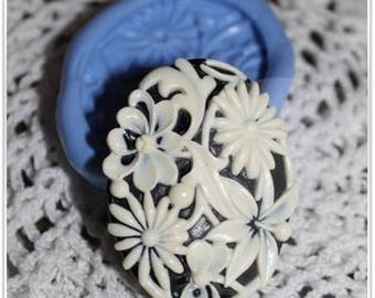 Flowers 41 cameo silicone mold / 30mm