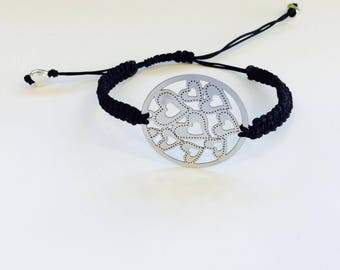 BRACELET, SHAMBALA, IN A CIRCLE WITH HEARTS