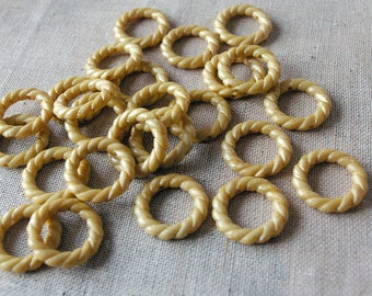 Beige, Tan plastic rings connectors set - vintage