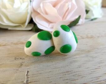 Stud earrings Yoshi's eggs, color dark green